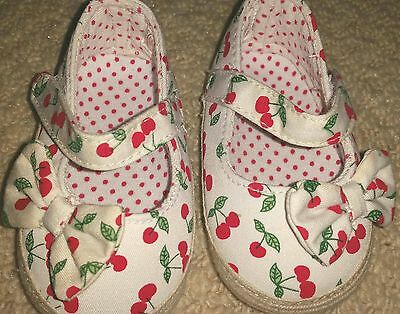 BRAND NEW baby girl shoes SIZE 6-9 MONTHS