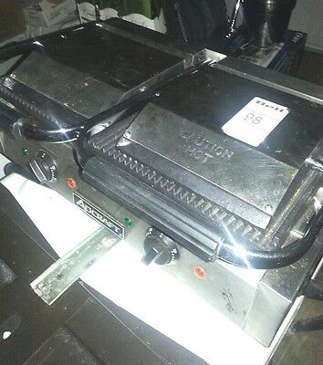 R22 Adcraft Double Electric Sandwich/panini Grill Ribbed Surface - Used