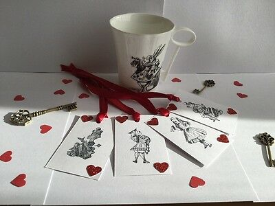 8 Alice In Wonderland - Playing Card Heart - tea party Gift Tags
