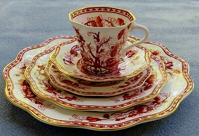 Coalport Indian Tree Coral Five Piece Place Setting England Mint