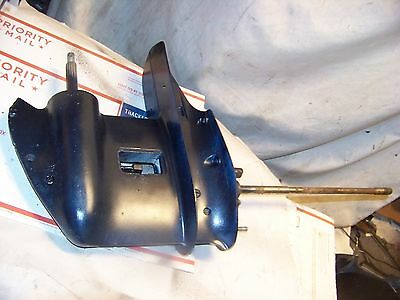 Johnson / Evinrude Lower Unit  fits 20hp - 35hp 2 stroke 15 IN SHAFT