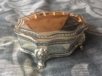 Rococo style silver plate oval fluted jewellery/trinket box lion paw feet ornate