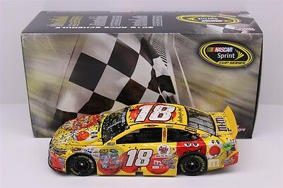 Kyle Busch 2016 #18 M&M's Red Nose Kansas Win New 1:24 Scale In Stock Free Ship