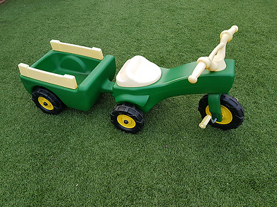 John Deere Ride on Pedal Trike Tractor w/Pull Wagon/Kids Children Toy Tricycle