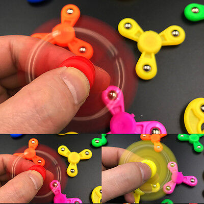 1X Random Kids Mini Fidget Hand Tri Spinner Finger Gyro Desk EDC Focus Toy ADHD