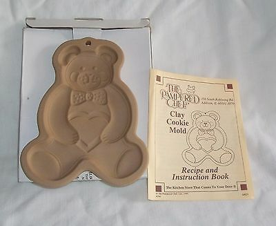The Pampered Chef ~ TEDDY BEAR Clay Cookie Mold 1991