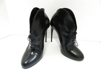 Gucci Black Leather Lace Up Booties W/ Heel Sz 38.5