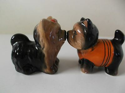 Vintage Salt & Pepper Shakers Dogs Wih Magnets To Hold Them Together In A Kiss