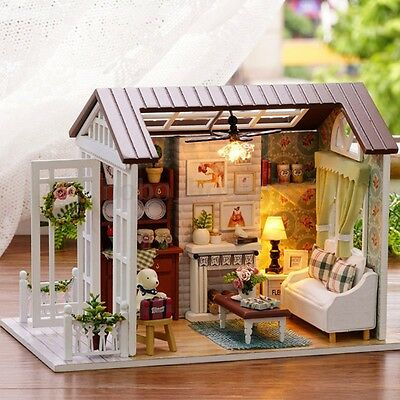 Handcraft Wood DIY Doll House Kit Dollhouse Assembled Miniature Toy w/ LED Villa