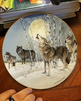 Collectable Wolf Plate 8 1/4 Inches - Song Of The Wilderness - Princeton Gallery