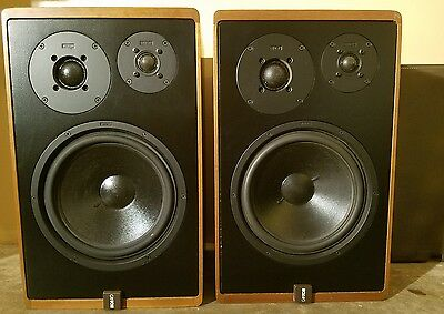 Canton Karat 300 Bookshelf Speakers German Audiophile