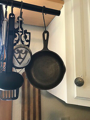 Vintage CAST IRON 6-1/2 Skillet Marked #3 !