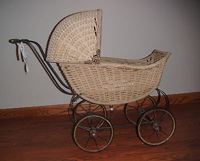Antique Wood & Wicker Doll Carriage Buggy Pram Canopy Moves Metal Spoke  Wheels
