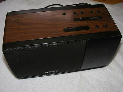 Vintage Sony ICF-C900 DREAM MACHINE Alarm Clock Radio Woodgrain WORKS