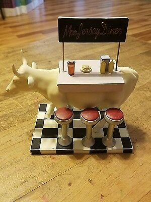 Cow Parade #9136 Moo Jersey Diner 2001 Retired Large & Mini