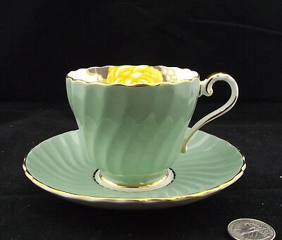 Aynsley Green Floral Cabinet  Tea Cup And Saucer Bone China England 1584