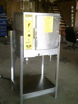 Accutemp 6 Pan Vacuum Capable Steam N Hold Steamer On Stand