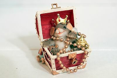 Charming Tails 89/183 You're A Treasure - mouse treasure chest