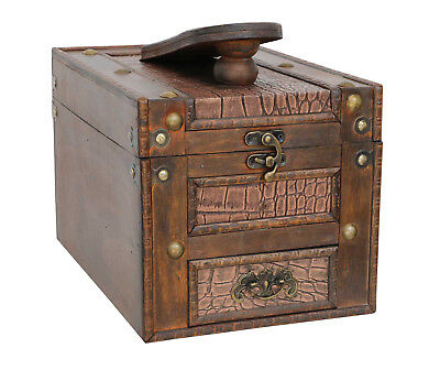 Shoe cleaning box antique style vintage