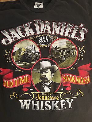 Jack Daniels Tennessee Whiskey T-shirt Old Time Sour mash Size Large