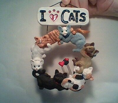 """""""I Love Cats""""  Circle of felines Wall Hanging/Plaque/Sign Hearts, Tabby, Calico"""