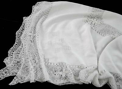Antique White Italian Linen & Knotted Lace Tablecloth 98 x 64