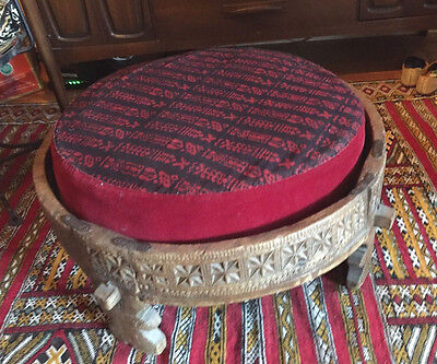 *PICKUP ONLY! BROOKLYN* ANTIQUE INDIAN COFFEE TABLE Hand carved Wood W/CUSHION