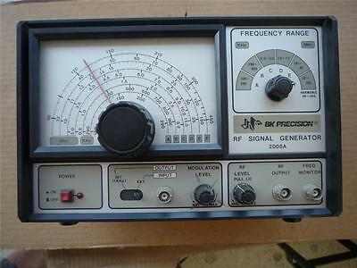 B&K 2005A  RF Signal Generator Works Good