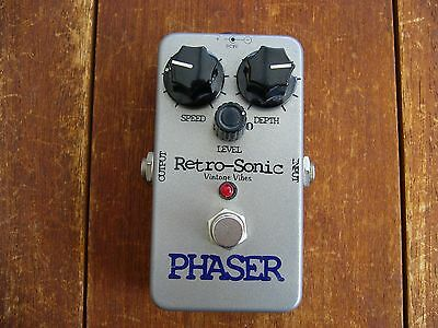 Retro-Sonic Phaser Guitar Pedal - Vintage Phase Sounds - More control than MXR