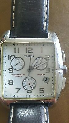 Timex Chronograph  Indiglo Wr 50 M Men's Watch with Leather Strap