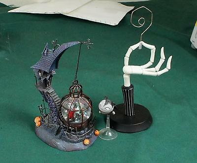 Lot Of 3 Disney Nightmare Before Christmas Figures And Castle Building !