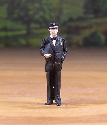 Detailed Railroad Conductor Metal Pewter Figure O / S Scale Train Layout