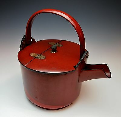 MAGNIFICENT ANTIQUE JAPANESE SAKE POT Red Lacquer Chosi 1800s Edo Wine Kettle