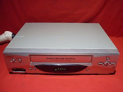 Sanyo Vhr-Vk210A Vhs Vcr Video Player No Remote Working Great For Transfer