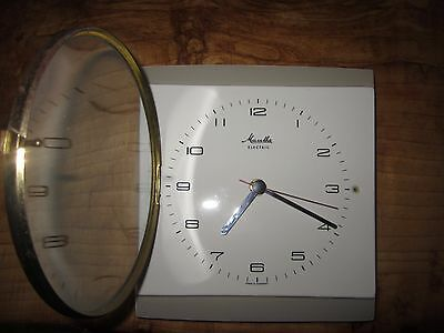 Vintage 1950's/60's Mauthe German wall clock