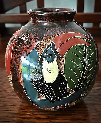 Beautiful Hand Carved Vase With Toucan, Turtle, & Reptile Carvings - Signed