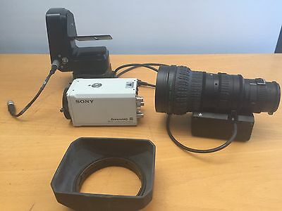 Sony DXC-990 Color 3 CCD Camera ExwaveHAD DSP Fujinon TV Zoom Lens Pan Tilt