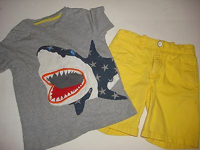 MINI BODEN boys SHARK SHIRT 4 5 and BABY GAP SHORTS 5 OUTFIT