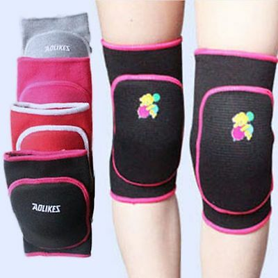 1Pair Kids Sports Padded Knee Pads Volleyball Wrestling Martial Art Skateboard