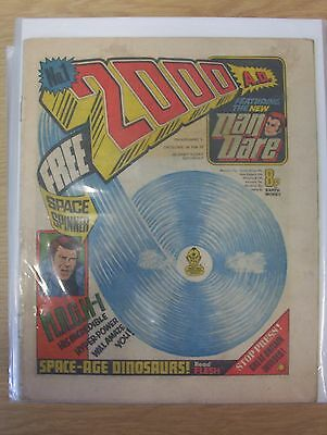 2000AD prog 1 to 29 good condition first appearance of Judge Dredd