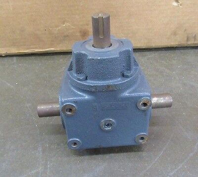"""Browning 6Hsb1-Lr10 1:1 Ratio Bevel Gearbox Speed Reducer 3 Shaft 1"""""""