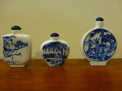 3 CHINESE SNUFF BOTTLES BLUE & WHITE PORCELAIN in BOXES
