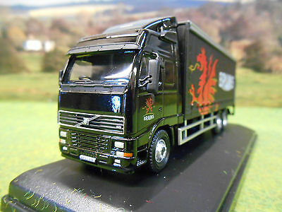 Oxford Volvo Fh12 Curtainsider Brains Brewery Wales 1/76 Boxed & New Sp113