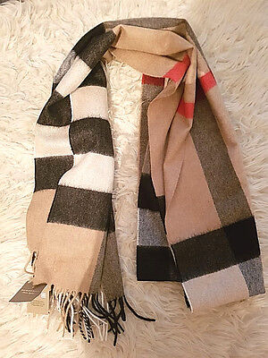 Burberry The Large Classic Cashmere Scarf RRP £415