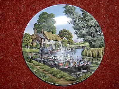 "1989 ROYAL WORCESTER ""Romance of the Waterways"" Plate 4 ""Mooring Up"""
