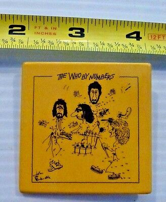 THE WHO - two vintage pin backs buttons - Pete Townshend Roger Daltry