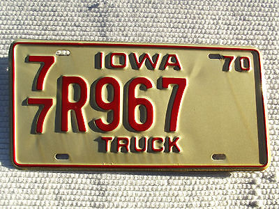 1970 IOWA TRUCK License plate vintage tag #77 R967 Expired V-good unissued cond