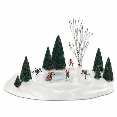 Department 56 801130 Animated Skating Pond, 17.5 x 14- Inch. *Distress