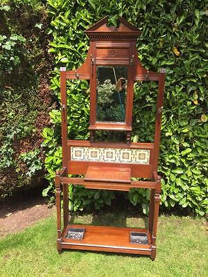 ANTIQUE VICTORIAN AMERICAN WALNUT HALLSTAND WITH TILED INSERT c.1880   EXCELLENT