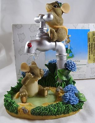 Charming Tails Figurine Showered with Friendsip Gold SIGNED